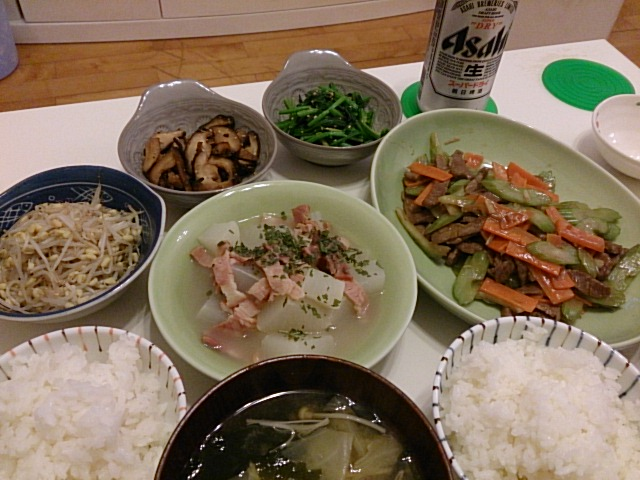 牛肉とセロリのオイスター炒め&ナムル3種