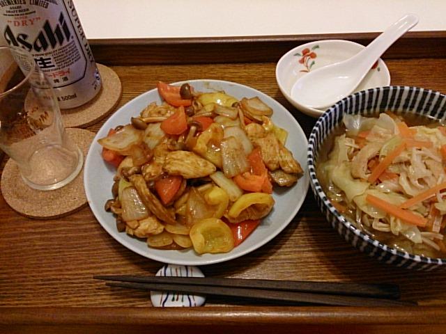 鶏ムネ肉とパプリカのケチャップ炒め…鶏モモ肉に思いを寄せて(~_~)